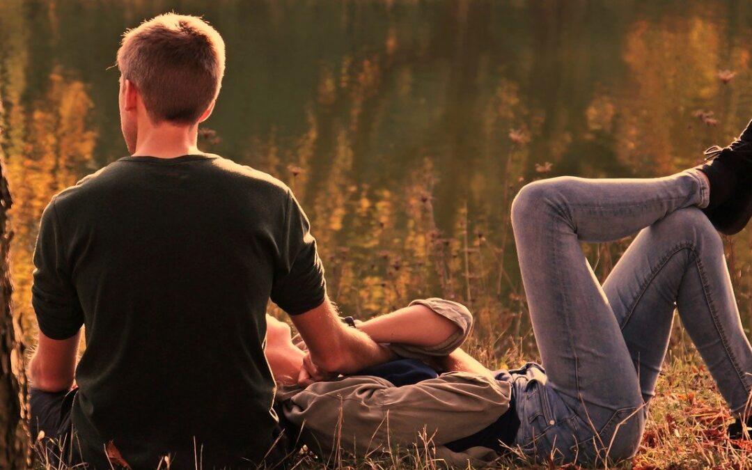 Comment se comporte un homme lorsqu'il tombe amoureux ?